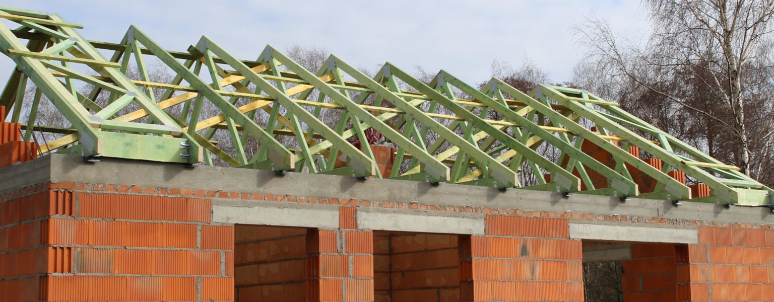 Realizacja dachu budynku w miejsc. Budy Wolskie