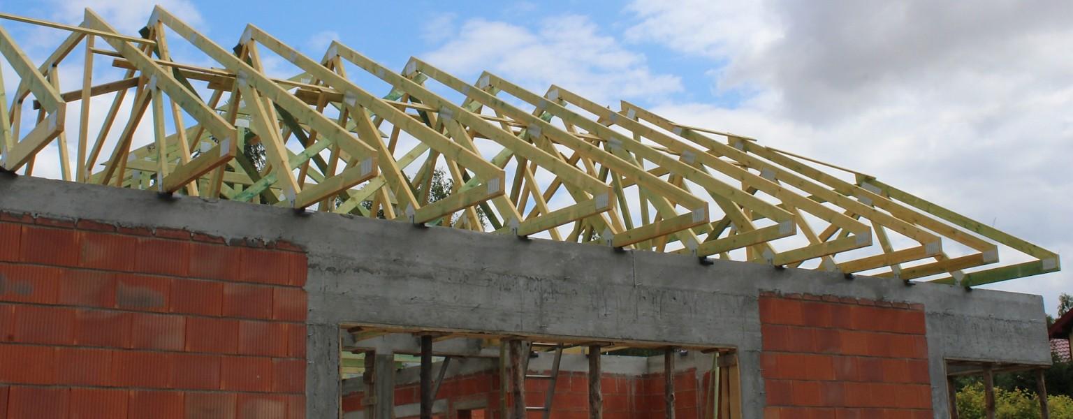 Budowa dachu prefabrykowanego w miejsc. Glinnik