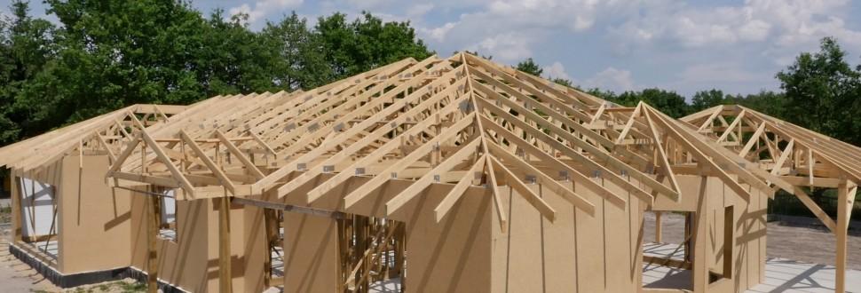 Konstrukcja dachu budynku mieszkalnego w miejsc. Antoniew