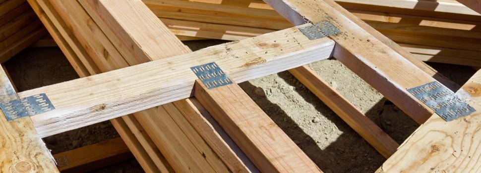 Jak wybrać drewno na więźbę?