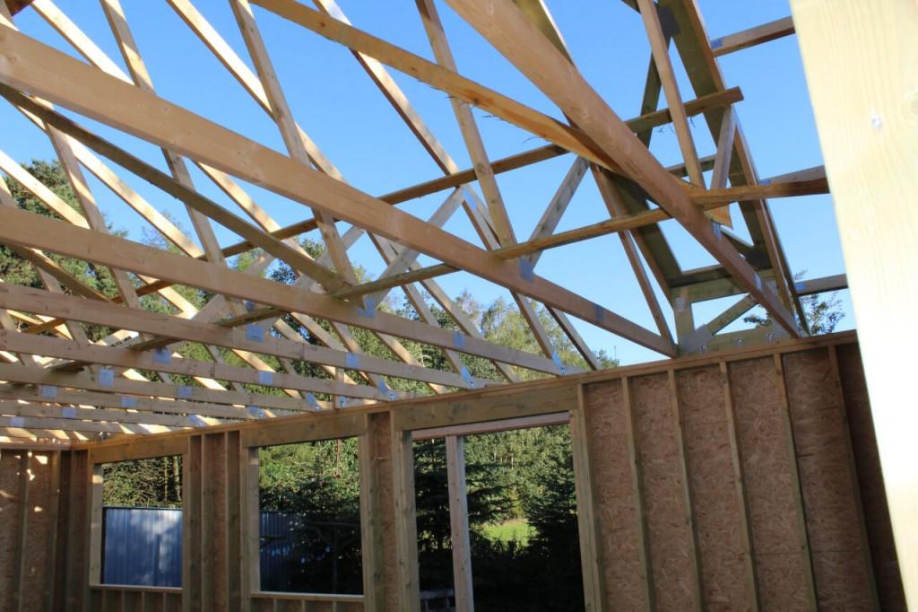 Prefabrykowany dom z więźbą dachową